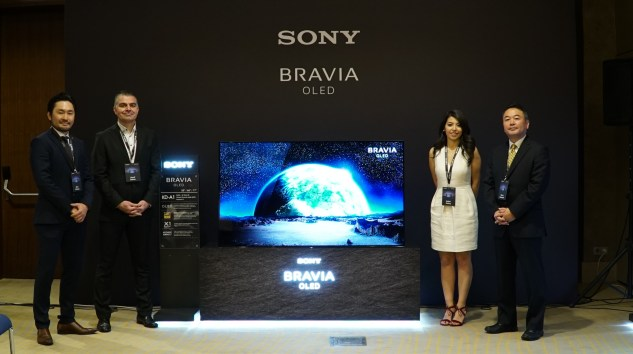 Sony BRAVIA OLED TV'yi Tanıttı