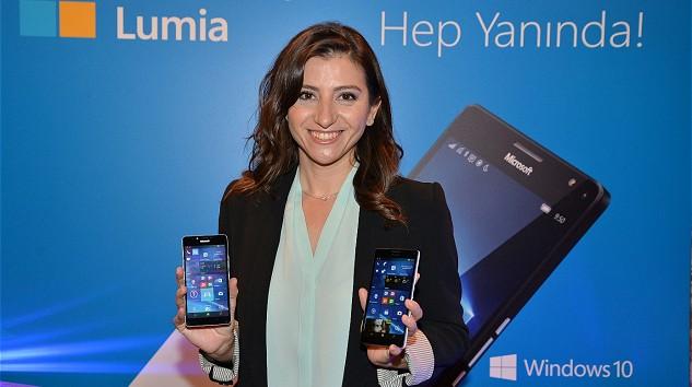 Microsoft, Windows 10 Tabanlı Yeni Telefonlarını Tanıttı